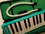 Melodica  Etinger  -  Meistehat 37 Notas