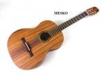 Guitarra Mesko M-011 Tamaño Concierto  Cuerdas  Nylon