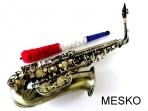 Saxo Alto Allegro  ALL 6430 AN Acabado Antiguo. Incluye, Estuche, Plumero y Paño de Limpieza, Guantes, Caña de Repuesto