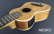 Ukelele Mercury Soprano MUK - 06, Electroacustico Avtivo,  Incluye Funda
