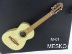 Guitarra Mesko  M - 01 Estudio Cuerdas  Nylon  6 -7 Años Aprox. Largo 088 centímetros