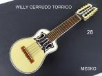 Willy Cerrudo Torrico, Charango Tapa Pino Abeto, Caja Naranjillo, Puente y Diapasón de Jacarandá, Incluye  Funda  ( 28 )